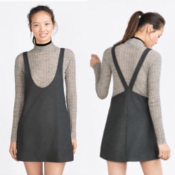 6cf2cff7376 Zara Trafaluc Gray Houndstooth Pinafore Dress